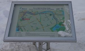 Ottawa Canal Winterlude Versa Truss Map Stand