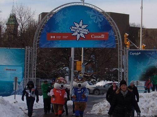 Winterlude Information Stands Aluminum Truss Ottawa Versa Truss