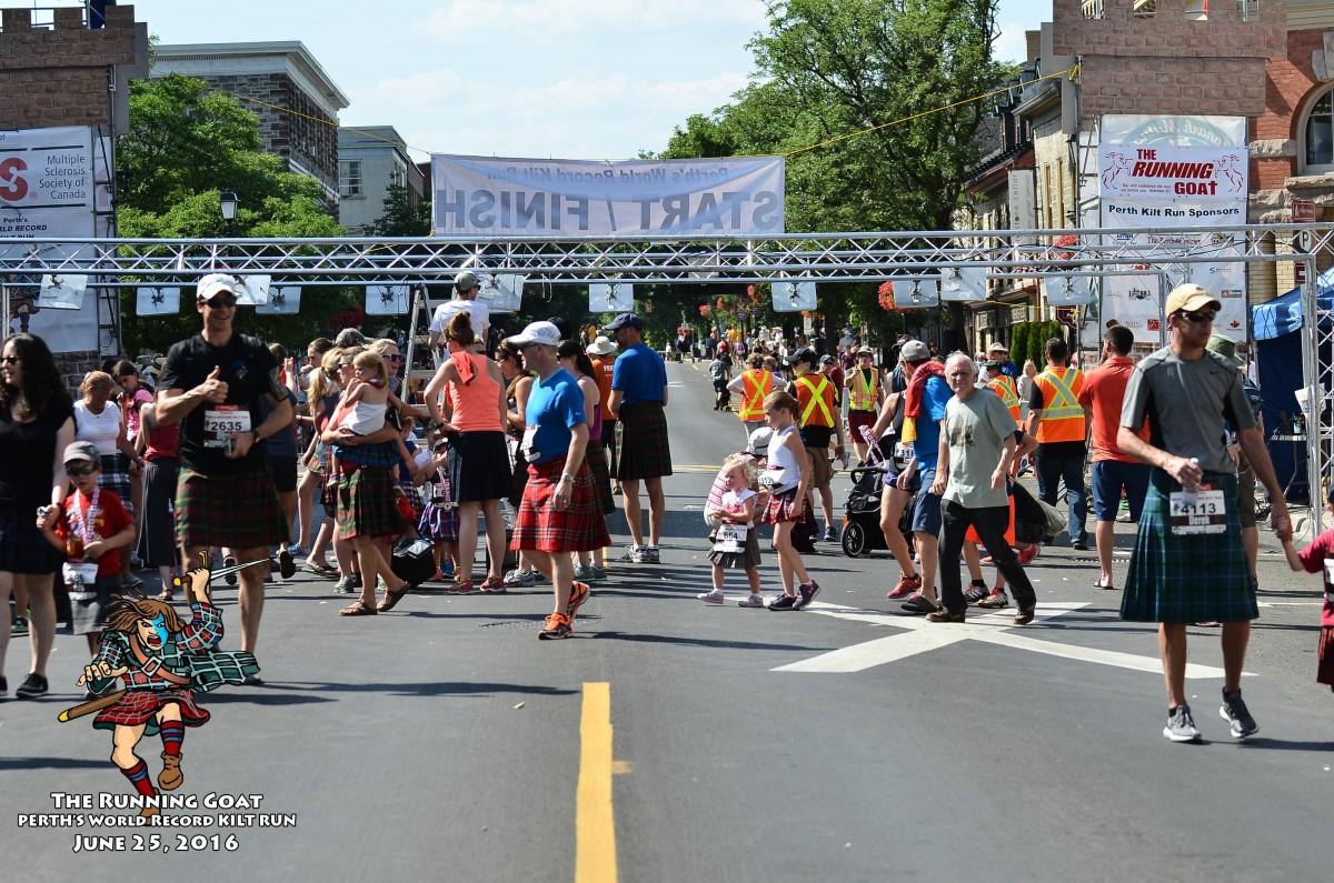 A-Marathon-Start-Line-4