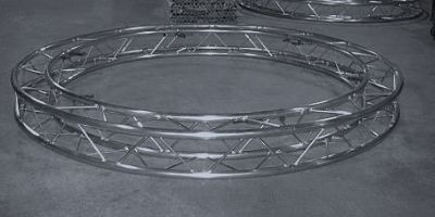 Circular-Lighting-Truss-Curved