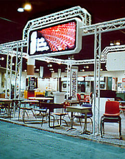 Colored-Trade-Show-Booth-Systems